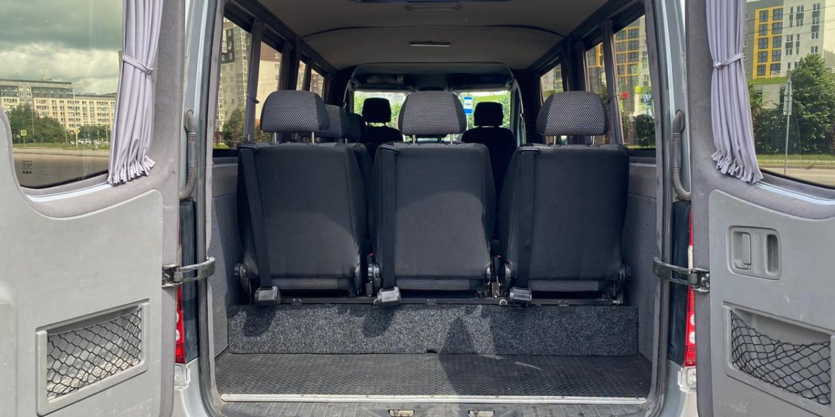 Mercedes Benz Sprinter - аренда Микроавтобус 6-8 мест авто