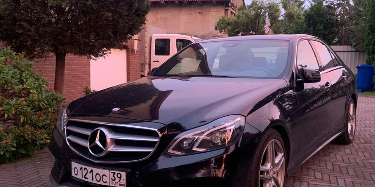 Mercedes-Benz E200 - аренда Бизнес авто