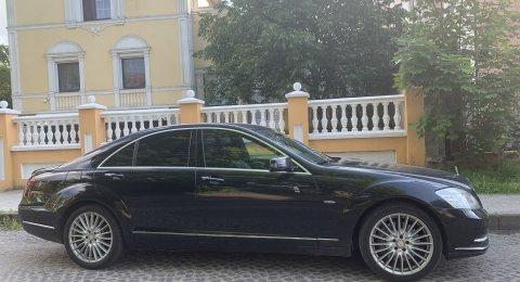 Mercedes-Benz - аренда авто