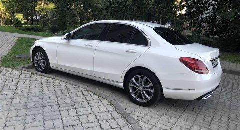 Mercedes-Benz C180 - аренда авто
