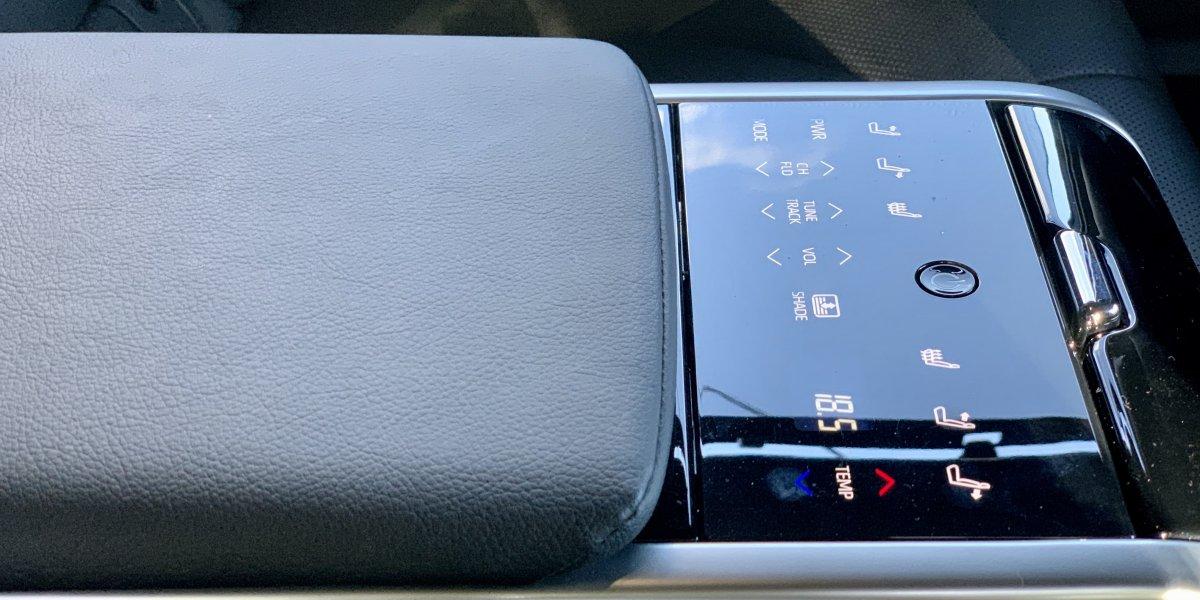 Toyota Camry CV70 Lyxe - аренда Бизнес авто